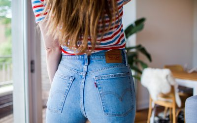 The Perfect Wedgie– Introducing Wedgie Jeans