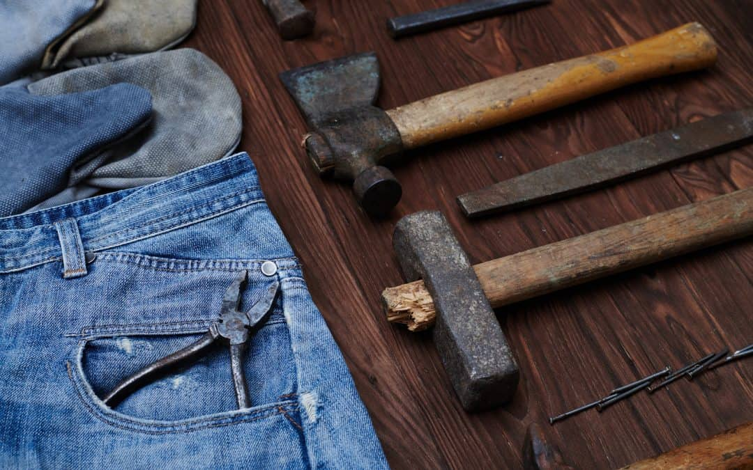 The Four Most Durable Pairs of Carpenter Jeans for All Your Work Needs