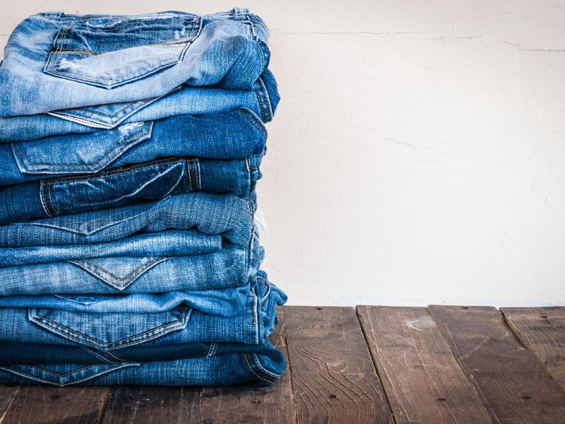 How To Stretch Jeans: 4 Helpful Life Hacks