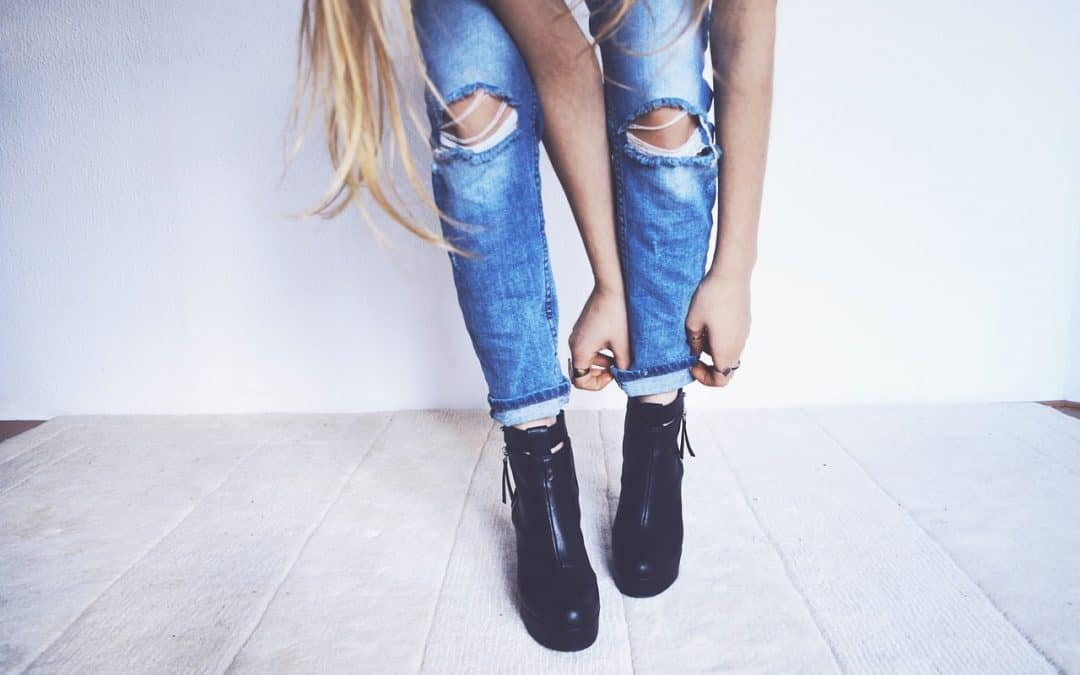 5 Best Brands For Lady's Mid-Rise Jeans